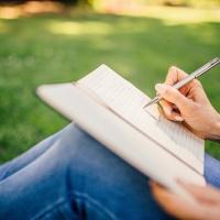 Cinq questions à se poser avant d'écrire une nouvelle